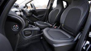 Consejos para ahorrar con las alfombrillas de tu coche