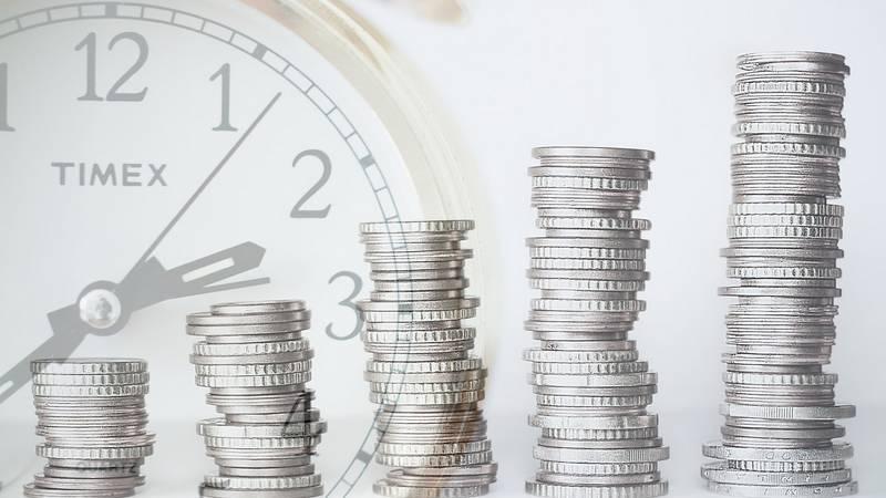 tiempo y dinero